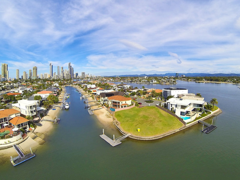 85 Admiralty Drive, Paradise Waters, Qld 4217