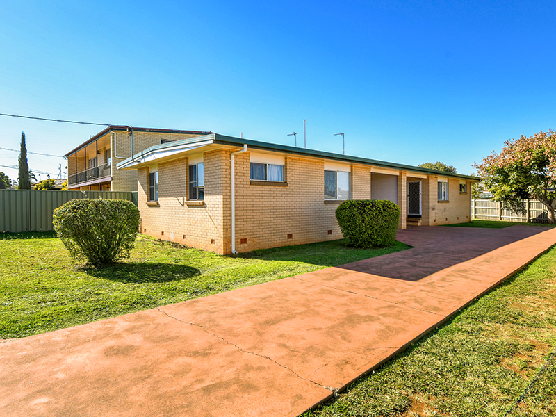 164 Drayton Rd, Harristown, Qld 4350