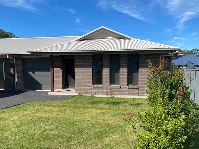 2/4 Aberdeen Place, Townsend, NSW 2463