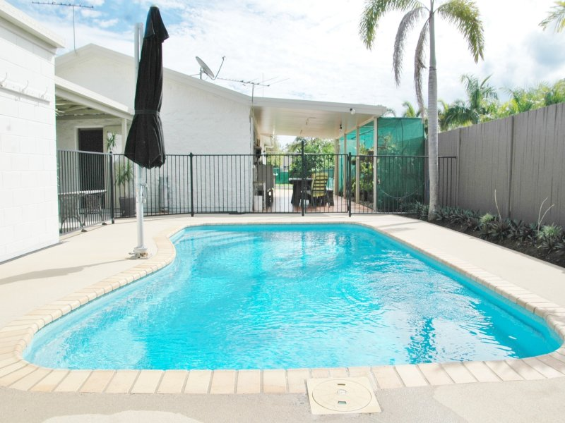 2 Ford Court, Seaforth