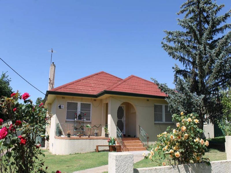 60 Brock Street, Young, NSW 2594