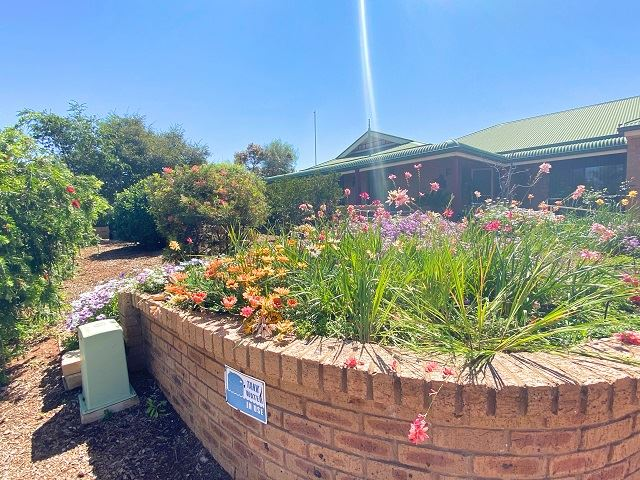 6 Jandra crescent, Cobar, NSW 2835