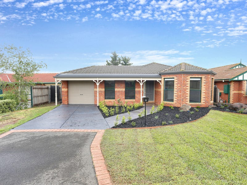 6 Oakwood Court, Hillside, Vic 3037