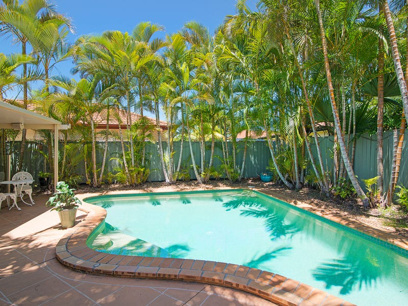 34 Islander Court, Burleigh Waters, Qld 4220