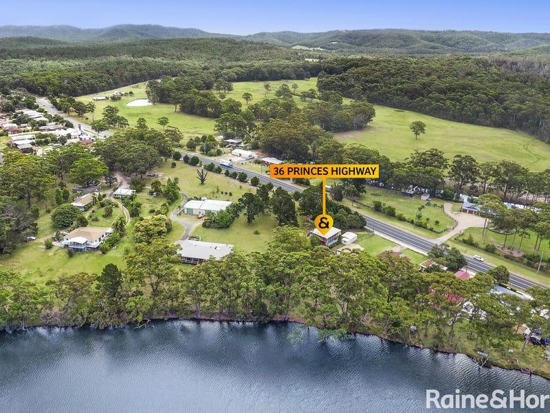 36 Princes Highway, Lake Tabourie, NSW 2539