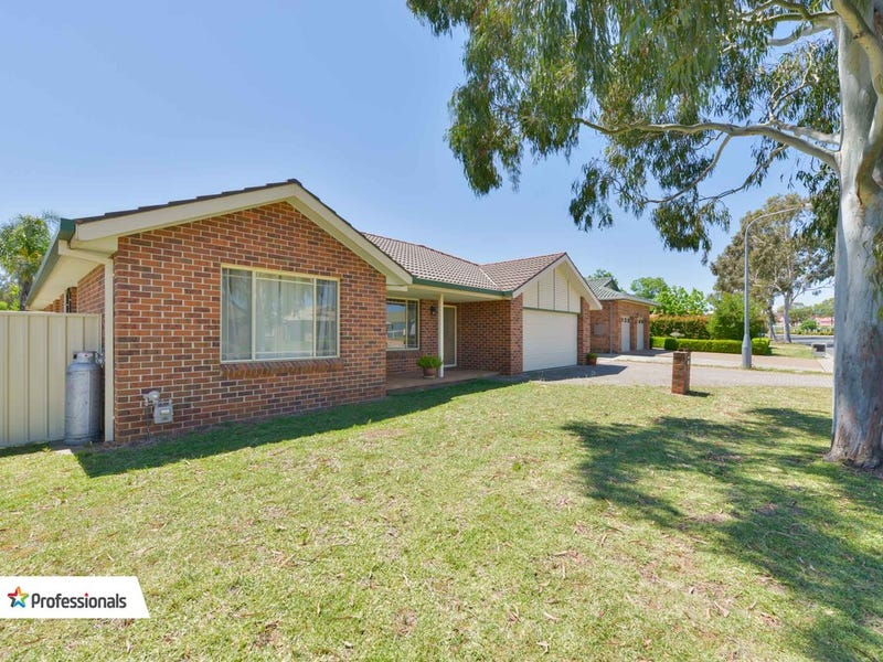 58 Greg Norman Drive, Tamworth, NSW 2340