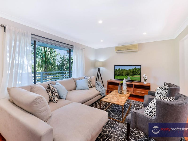 5 Cambewarra Ave, Castle Hill, NSW 2154