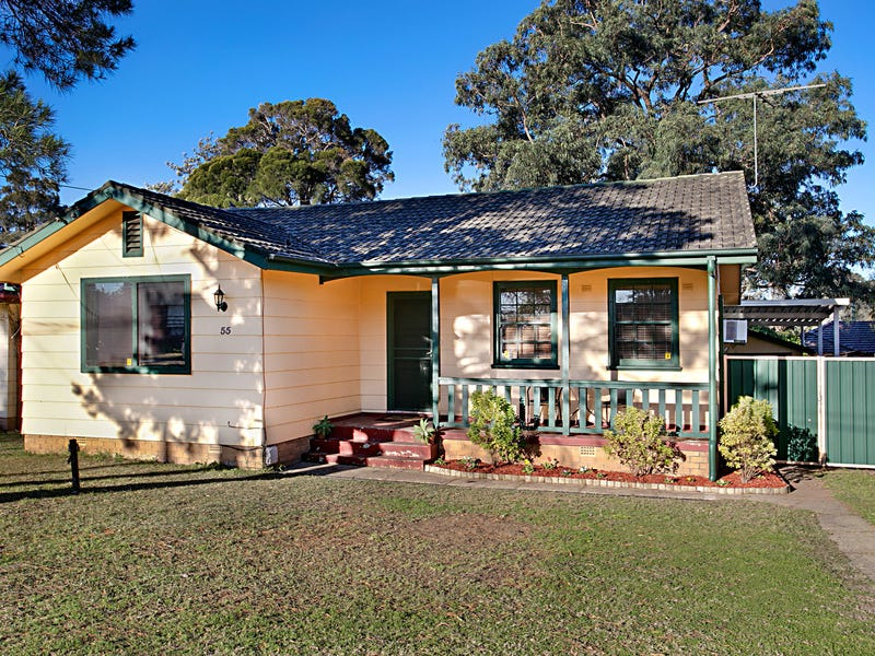 55 Lingayen Avenue, Lethbridge Park, NSW 2770