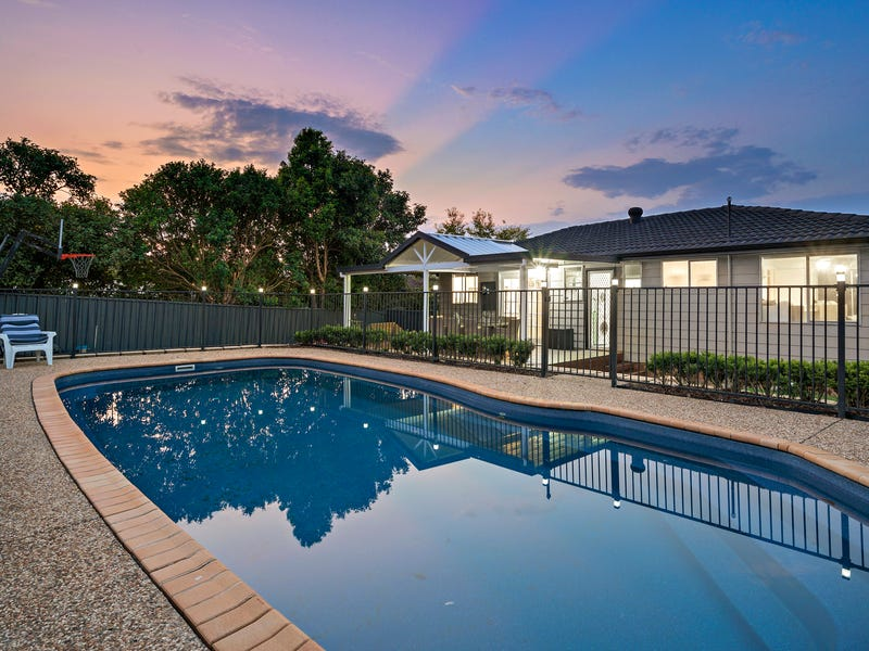 42 Delasala Drive, Macquarie Hills, NSW 2285