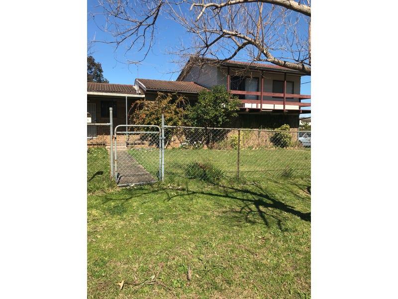 31 Trafalgar Street, Glenfield, NSW 2167