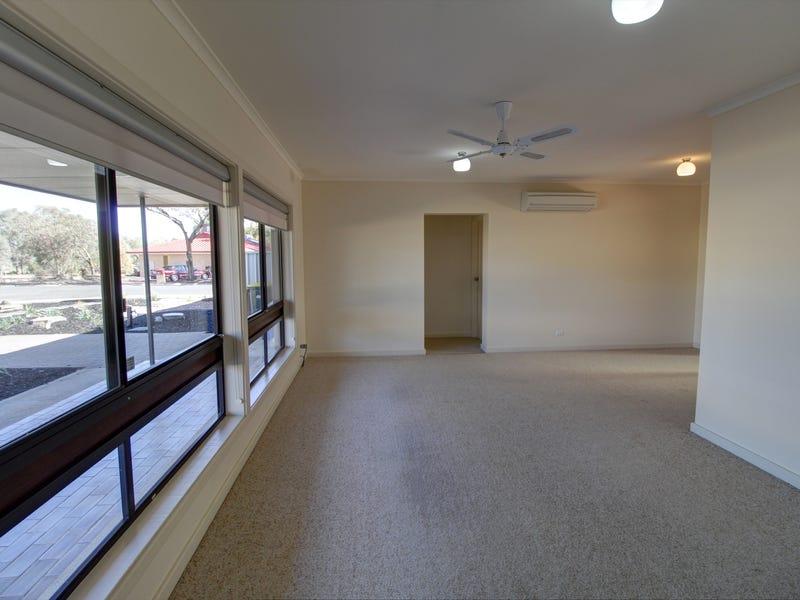 2 Fairway Avenue, Barmera, SA 5345