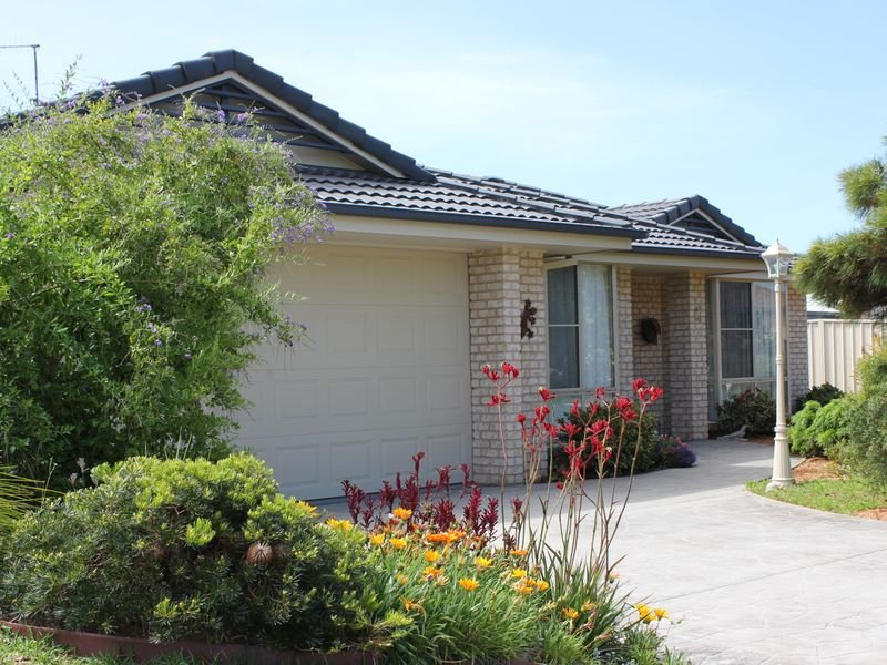 13 Rainbow Beach Drive, Bonny Hills, NSW 2445