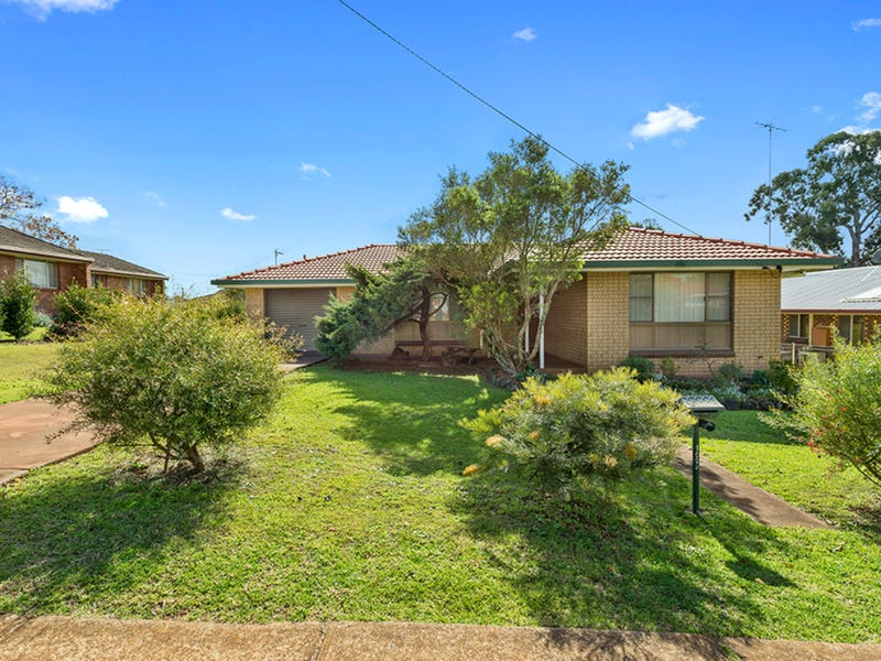 109A South Street, Centenary Heights, Qld 4350
