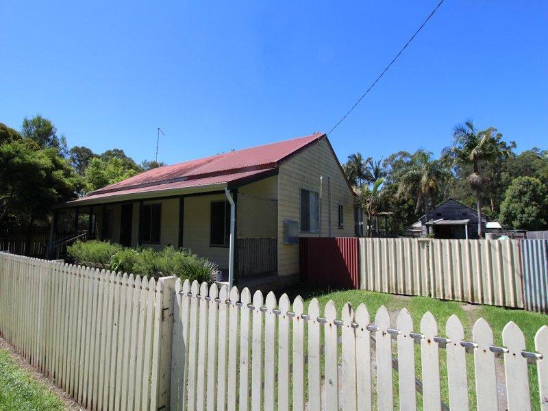 14 Hoskins Street, Nabiac, NSW 2312