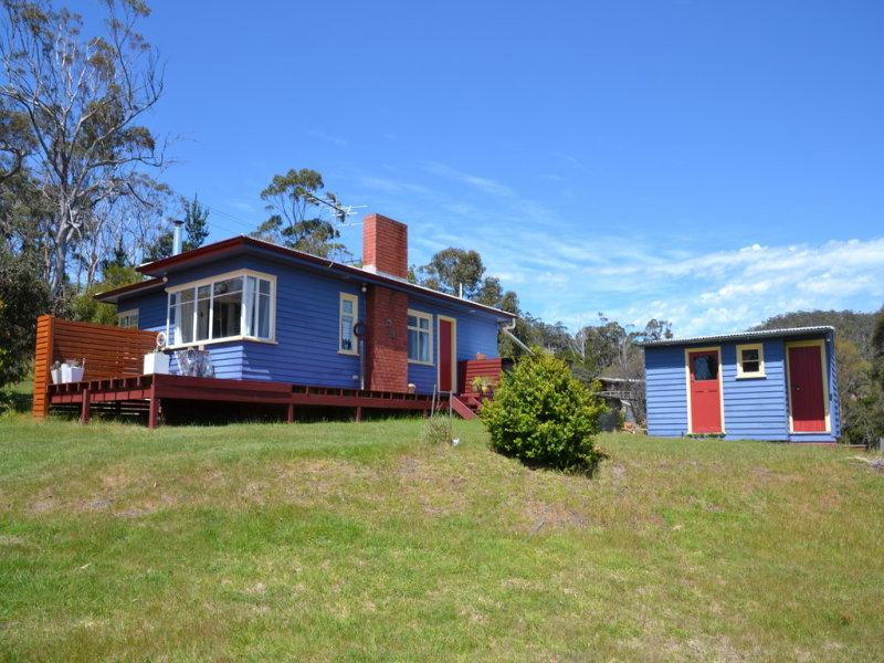 82 Bruny Island Main Road, Dennes Point, Tas 7150