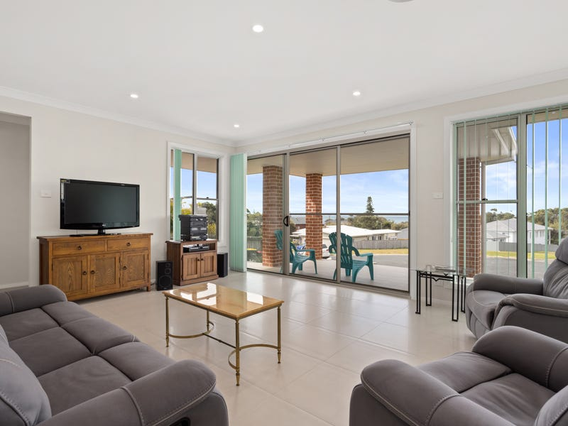5 Pearl Place, Diamond Beach, NSW 2430