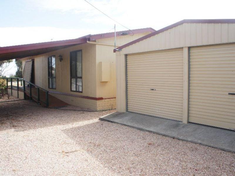 1 Newell Drive, Louth Bay, SA 5607