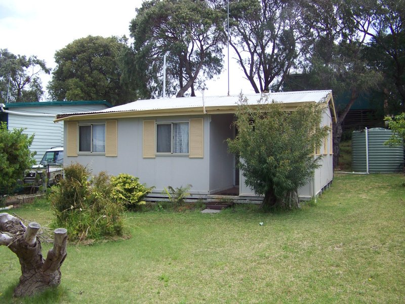 53 Second Avenue, Peaceful Bay, WA 6333
