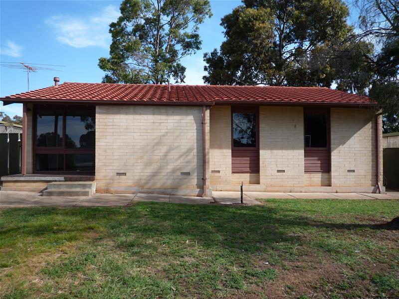 3 Dimboola Court, Craigmore, SA 5114