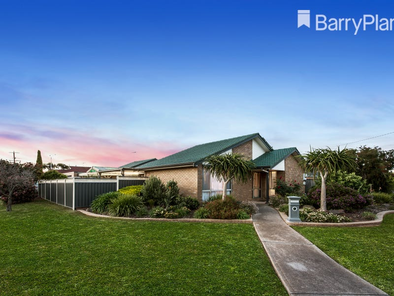 33 Bartlett Crescent, Hoppers Crossing, Vic 3029