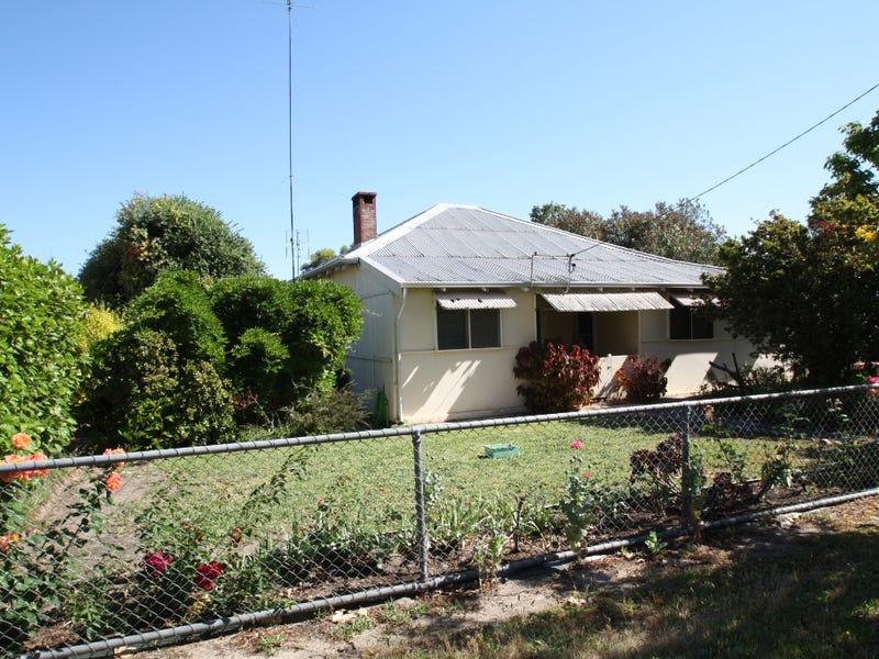 19 Birch Street, Waroona, WA 6215