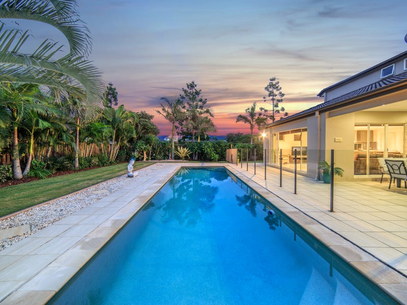 1 Maidenhead Court, Oxenford, Qld 4210