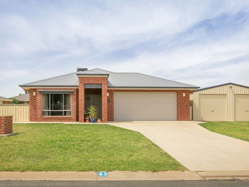 42 McBean Street, Culcairn, NSW 2660