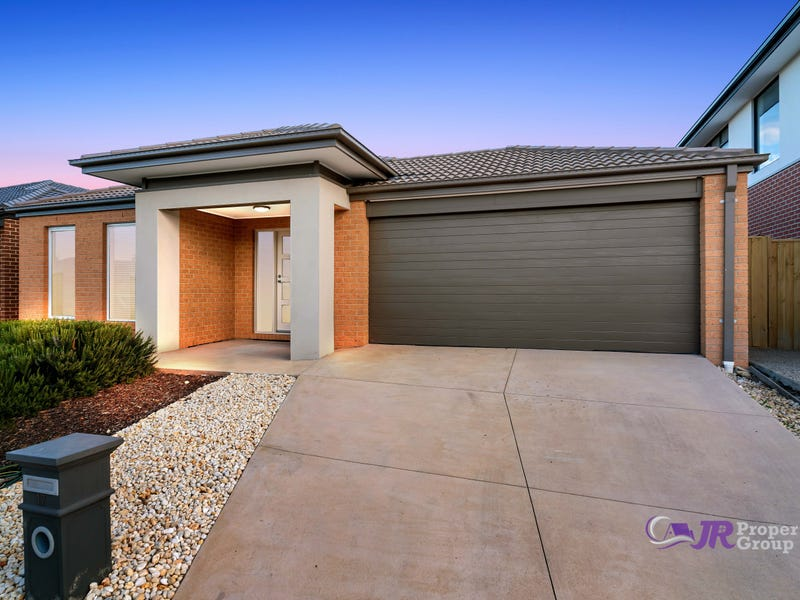 17 statesman way point cook vic 3030 house for sale realestate