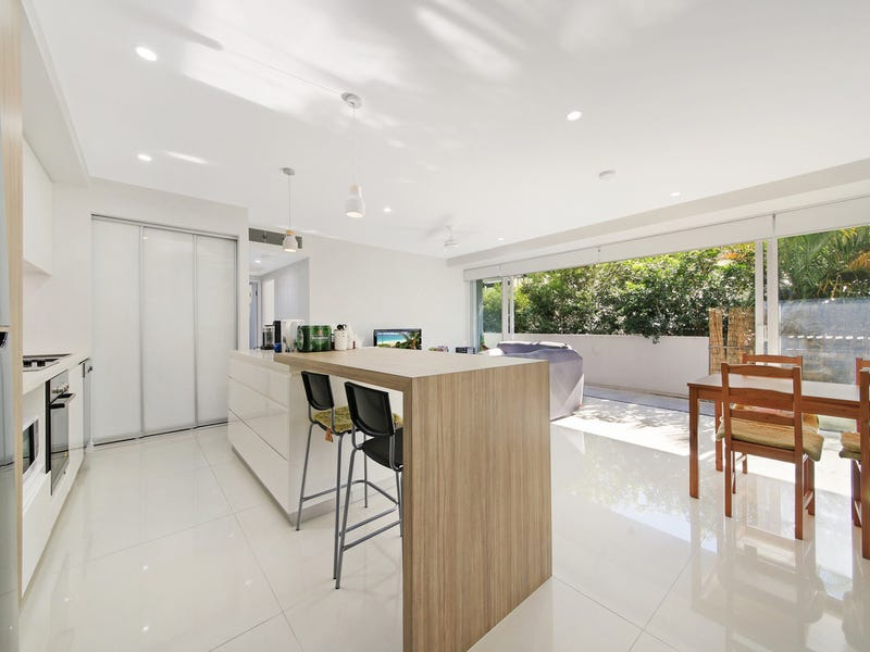 201/26-28 Gray Street, Southport, Qld 4215