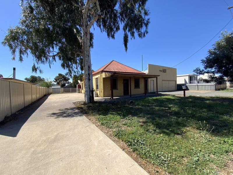 12 Railway Avenue, Gunnedah, NSW 2380