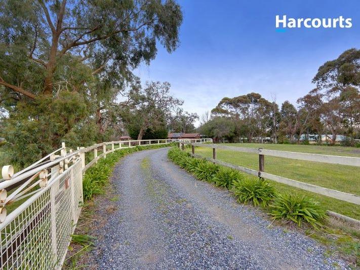 64 Hillcrest Drive, Langwarrin, Vic 3910