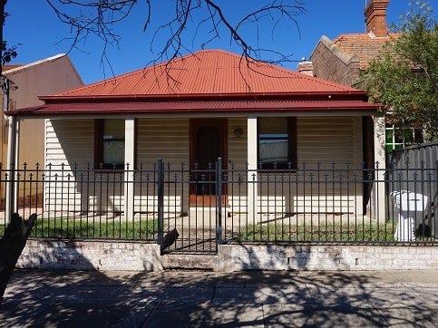 70 Bradley Street, Goulburn, NSW 2580