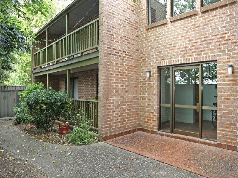 4/4 Toxana  Street, Richmond, NSW 2753