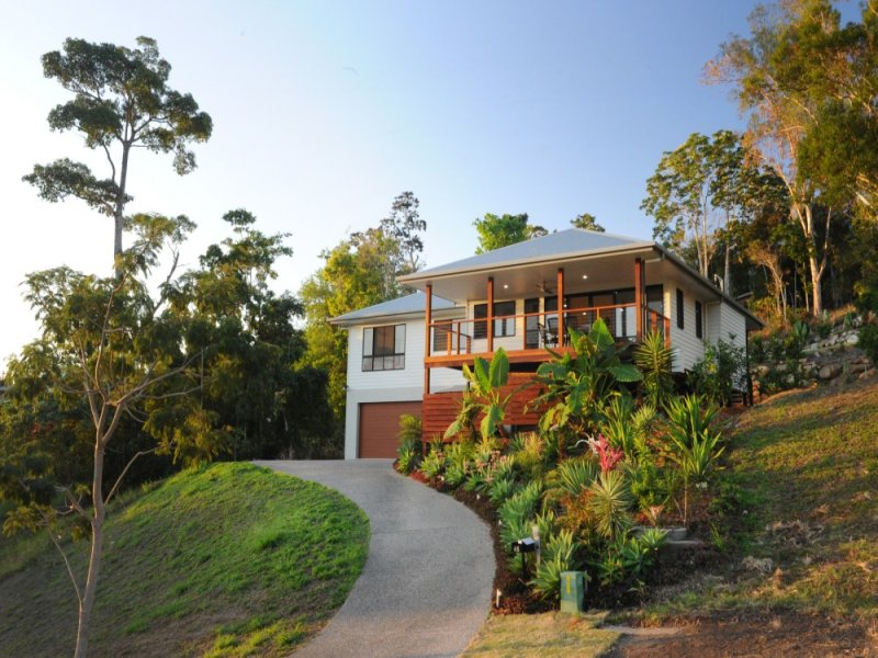 65 Country Rd, Cannonvale, Qld 4802