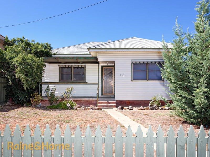 226 Kincaid Street, Wagga Wagga, NSW 2650