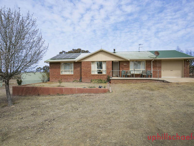 75 Fosters Rd, Armidale, NSW 2350