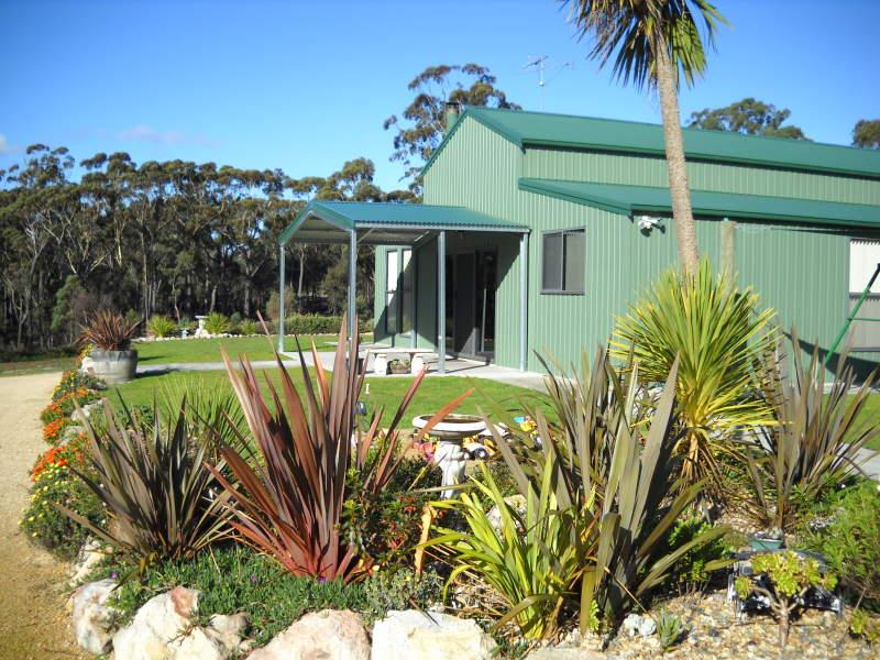 25824 Tasman Highway, St Helens, Tas 7216