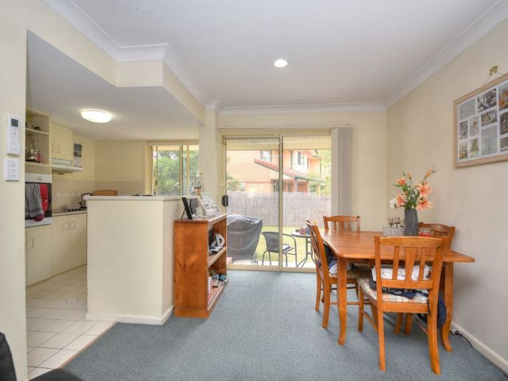 254/125 Hansford Rd, Coombabah