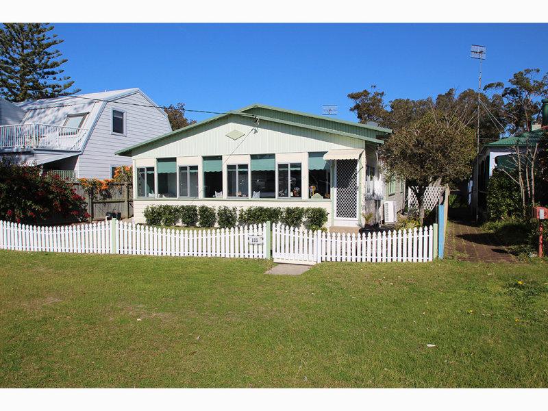 111 Marine Drive, Tea Gardens, NSW 2324