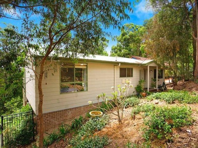 34 Plateau Road, North Gosford, NSW 2250
