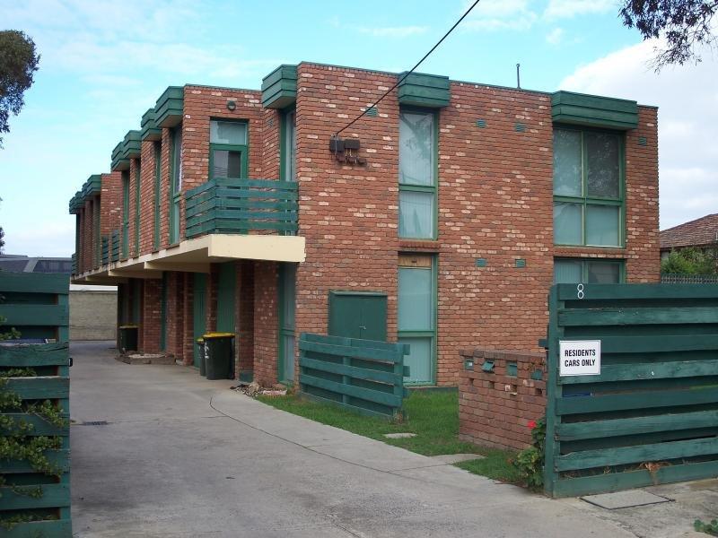 2/8-10 Sturt Street, Essendon, Vic 3040