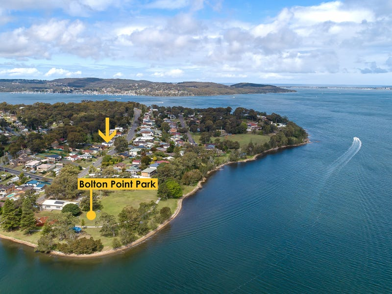 53 Middle Point Road, Bolton Point, NSW 2283
