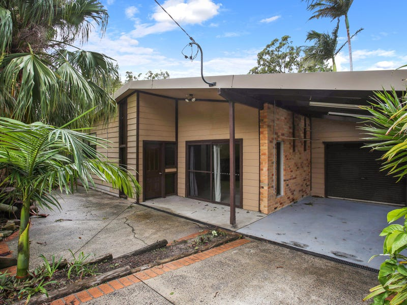 30 Young Street, Wooloweyah, NSW 2464