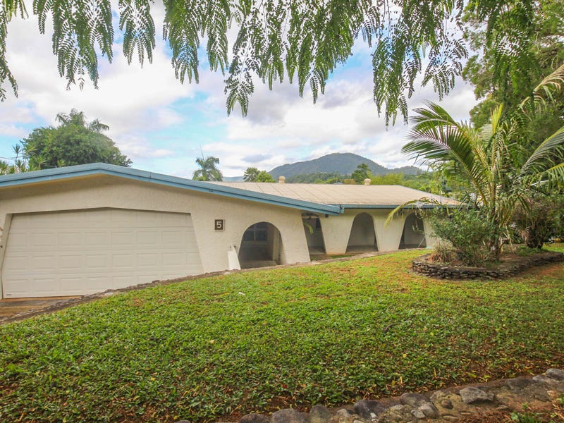 5 Sommerville Crescent, Whitfield, Qld 4870