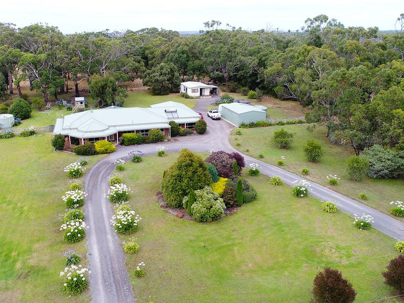 131 Robertsons Road, Bolwarra, Vic 3305
