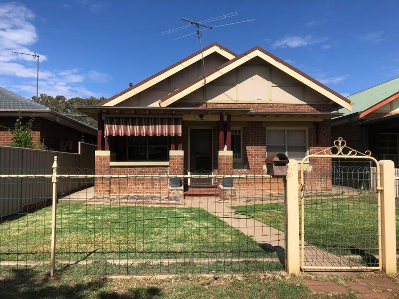 152 CROWLEY STREET, Temora, NSW 2666