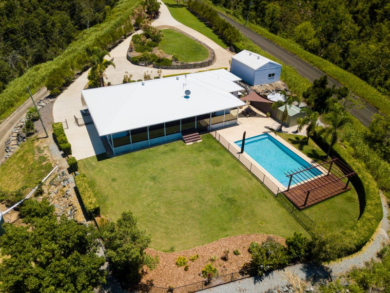 71 Moon Crescent, Sugarloaf, Qld 4800