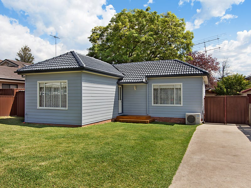 9 Penrose Crescent, South Penrith, NSW 2750