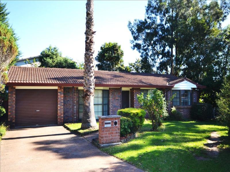 1 Camellia Grove, Bomaderry, NSW 2541