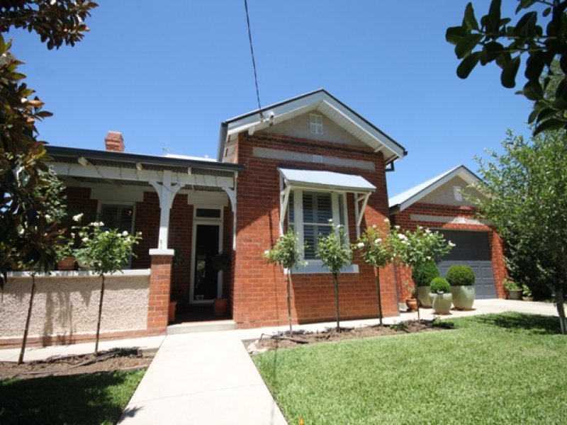 47 Flinders Street, Wagga Wagga South, NSW 2650
